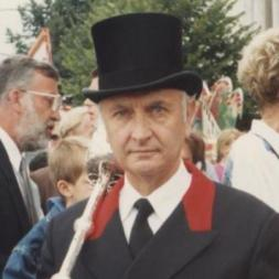 Bill Surringer, Cardiff